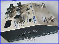 BOSS DD-200 Digital Delay Electric Guitar Effects Pedal. Mint Condition