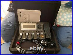 Roland GR-55 Multi-Effects Guitar Synthesizer with case and 13-pin cable